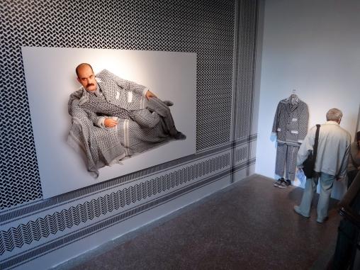 wystawowe zwierze 13. Istanbul Biennale, Turkey (17)