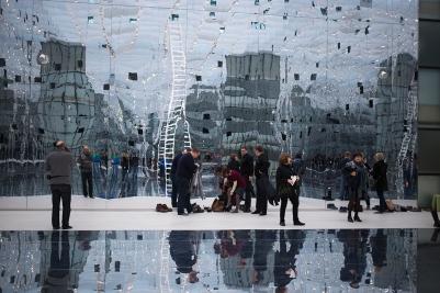 dani-karavan-reflection-muzeum-slaskie-katowice-wystawowe-zwierze-art-blog-3
