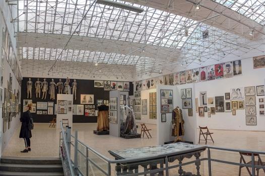 Kostiumy teatr Ryszard Kaja Arsenal Poznan Wystawowe Zwierze (31)