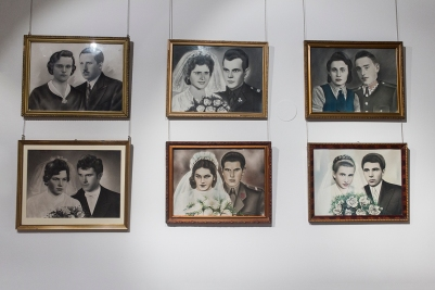 Moda slubna w PRL Muzeum Pana Tadeusza we Wroclawiu Wystawowe Zwierze (5)